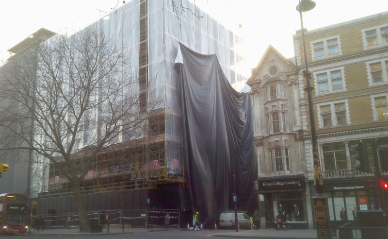 large building wrap for 180 the strand