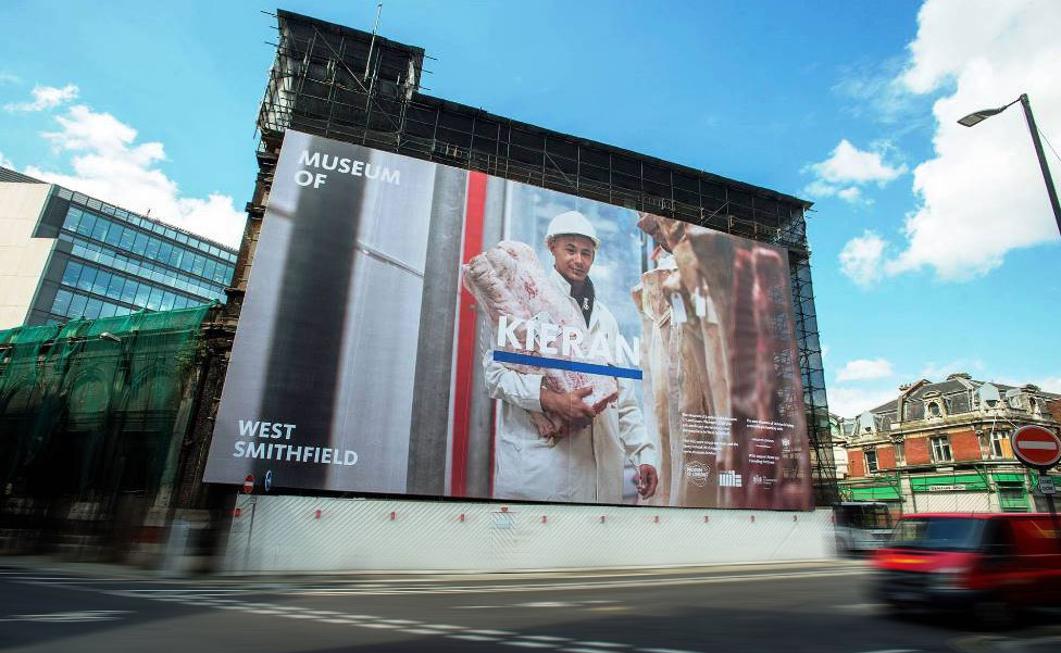 scaffold graphics for the museum of london