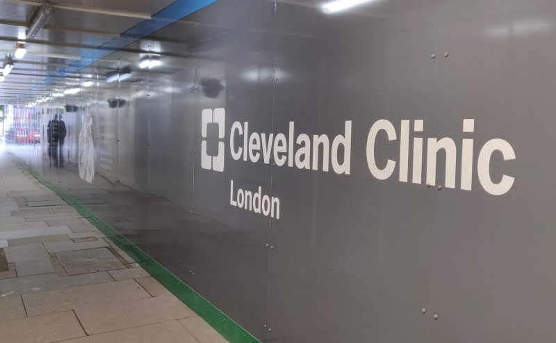 Cleveland Clinic printed site hoarding graphics